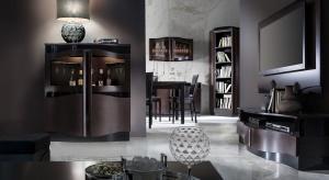 Salon i jadalnia to reprezentacyjna przestrzeń domu, w której organizujemy rodzinne uroczystości i spotykamy się w kameralnym gronie przyjaciół. Zazwyczaj towarzyszy im miła atmosfera połączona z degustowaniem wysokogatunkowych alkoholi.