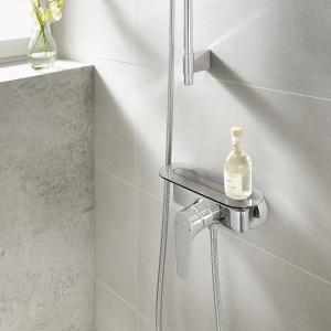 Zestaw prysznicowy Atlas z półką. Fot. Roca