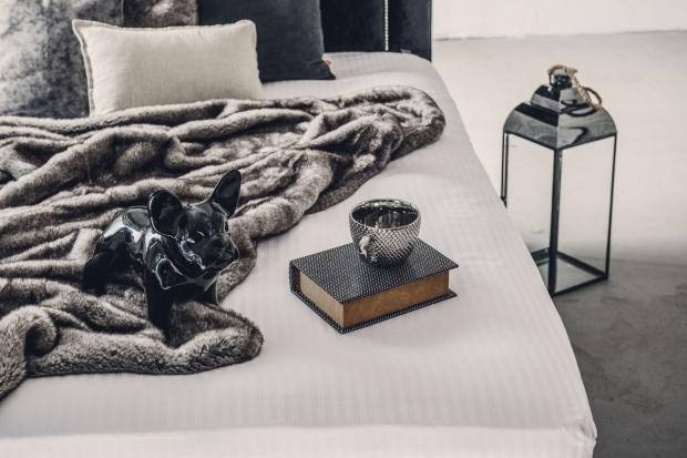 Jak zaaranżować idealną sypialnię dla dwojga?