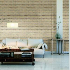 Cegły i płytki są formowane z bardzo plastycznej gliny oraz piasku. Mieszanka naturalnych materiałów uzyskana w przypadku produktów z linii FB Wit wyróżnia się wyjątkową, jasnokremową barwą. Fot. CRH Klinkier