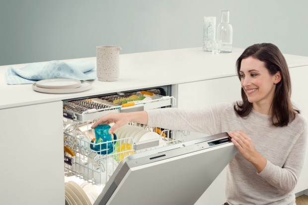 Nowoczesne zmywarki - ekologiczne zmywanie w mniej niż godzinę