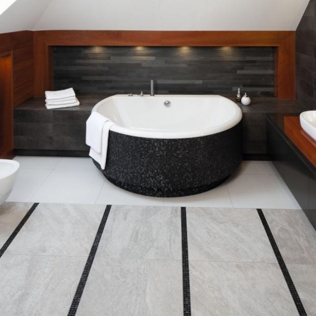 Kamień w łazience - zobacz jak wykończyć wnętrze