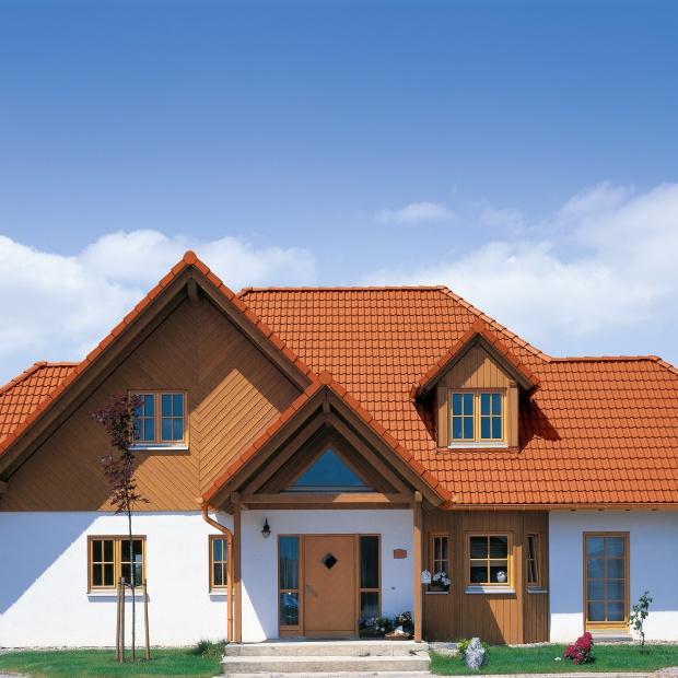 Dachówka - ceramiczna czy betonowa? Sprawdź jak wybrać