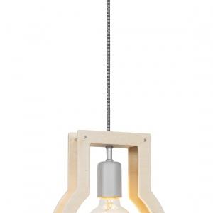 Lampy z kolekcji FRAME przekornie wykonano z wykorzystaniem jedynie dwóch wymiarów. Abażury przypominającą wycięte z papieru szablony. Bardzo oszczędną formę ożywiają delikatna barwa naturalnej sklejki oraz srebrne akcenty. Fot. Nowodvorski Lighting