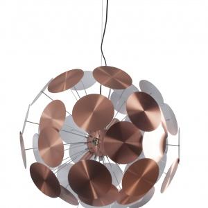Nowoczesną lampę PLENTY WORK tworzą metalowe tarcze rozmieszczonych na dwóch poziomach. Wykonana z metalu i stali szlachetnej sprawia wrażenie lekkiej. Fot. Zuiver