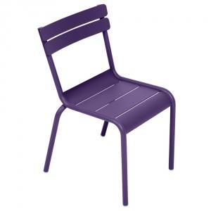 Krzesło dziecięce Luxembourg fioletowe, cena 438 zł. Fot. Bonami.pl