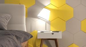 Wielokolorowe panele ścienne o różnych kształtach pozwolą wykreować niezwykłą ścianę.