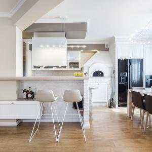 Panele podłogowe w kuchni. Fot. Kuchnie Bańkowscy - Max Kuchnie
