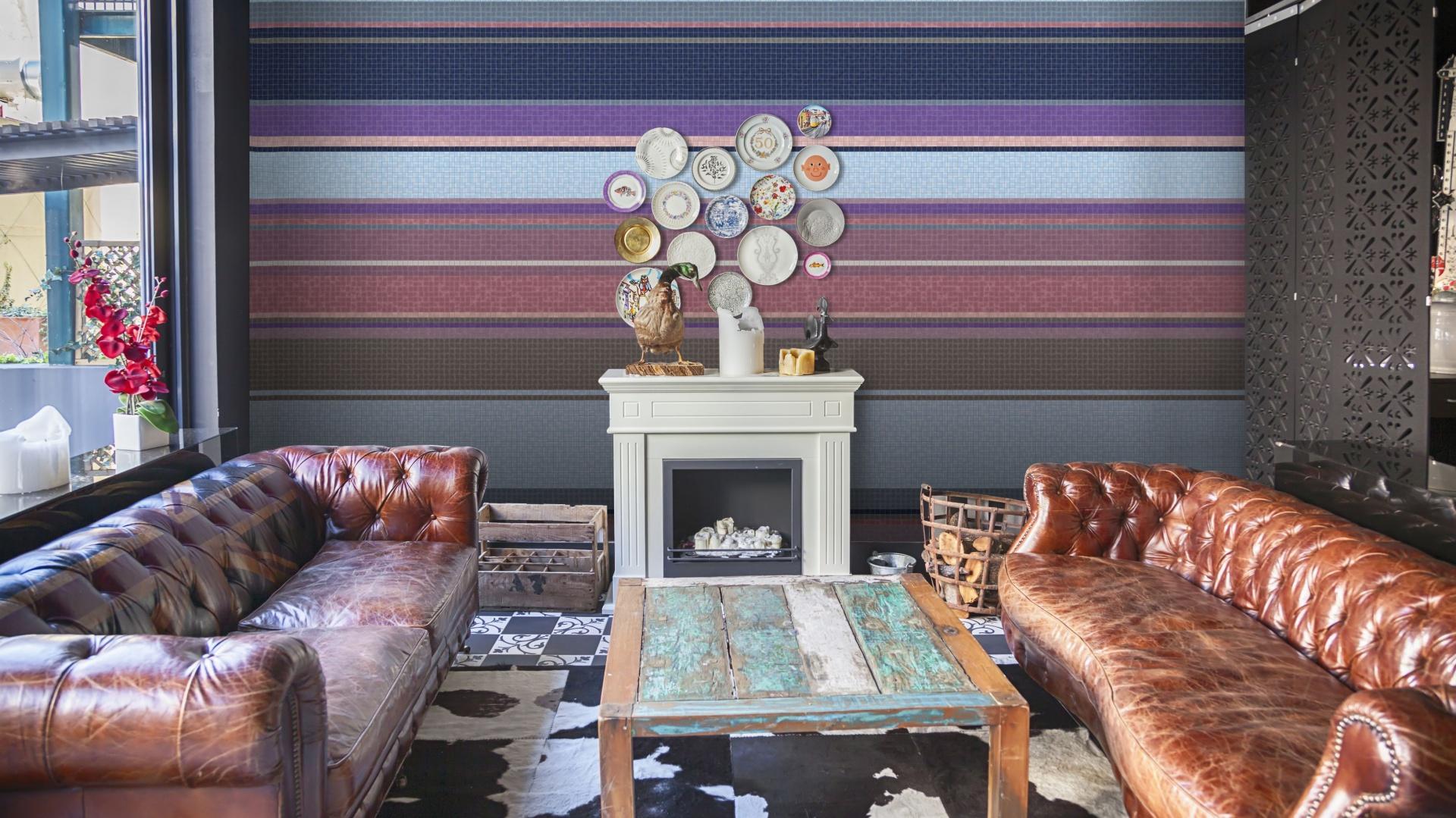 Wzory autorstwa Ewy Skrzypiec zastosowane w kolekcji mozaiki szklanej ETNO powstały z inspiracji folklorem i minimalistycznym designem. To mozaiki utrzymane w stylistyce geometrycznego haftu. 600 zł/m². Fot. Trufle Mozaiki