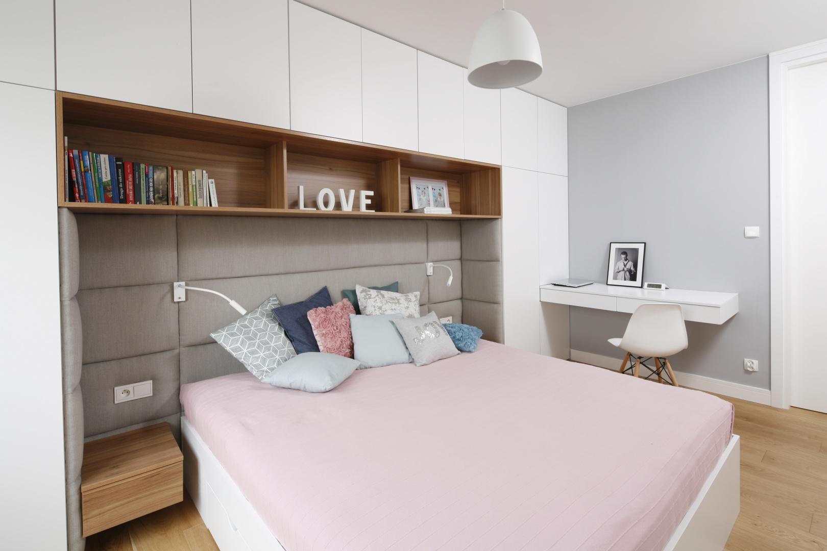 Zabudowa meblowa łącząca...  Nowoczesna sypialnia. Piękne zdjęcia  Strona: 4