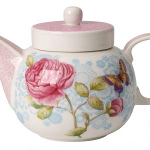 Na porcelanie z kolekcji Rose Cottage współgrają pastelowe odcienie różu, błękitu i limonki. Ozdobiona romantycznym dekorem w róże, idealna na popołudniową herbatkę. 359 zł/imbryk. Fot. Villeroy & Boch