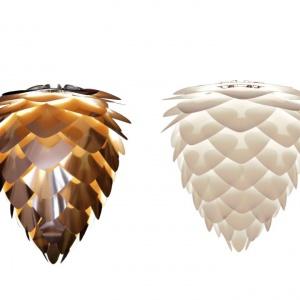 Lampy wiszące VITA CONIA kształtem przypominają szyszki, chociaż połyskują niczym diamenty. Do wyboru modele o średnicy 30 lub 40 cm, w kolorze białym, biało-miedzianym lub czarno-złotym. Od 245 (biała, śr. 30 cm). Fot. Vita