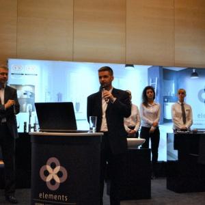 Daniel Walisko oraz Krystian Mocarski z salonu Elements pokazali w jaki sposób współpraca ze specjalistami z ich salonu może projektantowi ułatwić pracę przy realizacji pomysłów.
