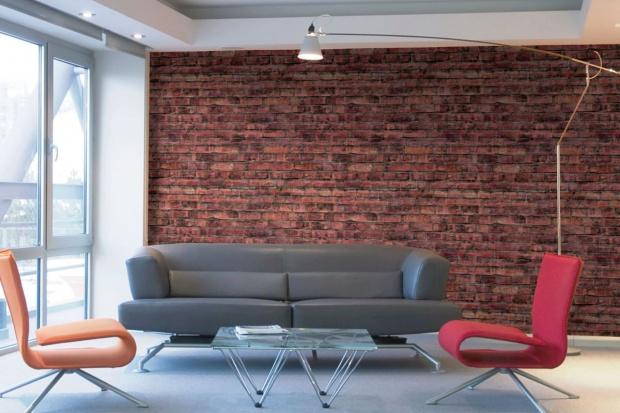 Spora dawka inspiracji, czyli nadruki cyfrowe Muraspec na winylowych tapetach. Niektóre, jak drewno czy beton to projekty producenta, inne to pomysły klientów.