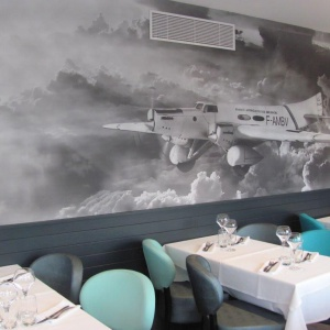 Nadruk w restauracji. Fot. Muraspec
