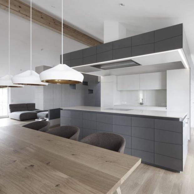 Apartament w Austrii: gotowy projekt minimalistycznego wnętrza