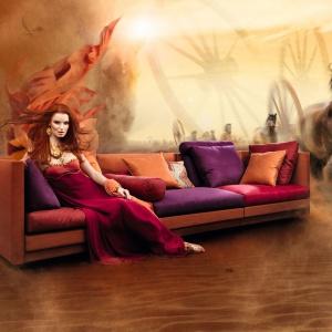 Sofa COCOON ma nowoczesny, modułowy charakter, a siedzisko skąpane jest w różnych kolorach tkanin. Fot. Eilersen