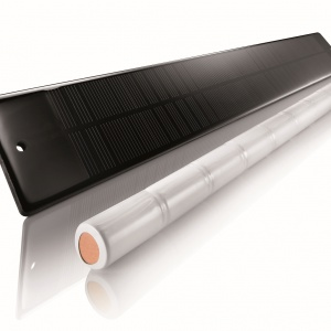 Somy Oximo 40 Wire Free RTS - panel solarny i bateria. Fot. Somfy