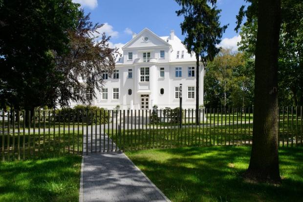 Piękna, zabytkowa willa w Gliwicach. Zobacz jak ją przebudowano