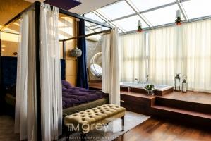 Sypialnia połączona z salonem kąpielowym