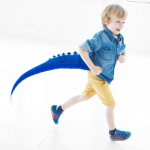 Ogon BLUE DRAGON jest idealny na długie godziny zwariowanych zabaw o każdej porze roku, zarówno w domu jak i na świeżym powietrzu. Pobudza dziecięcą wyobraźnię. 95 zł. Fot. Mr.Tail