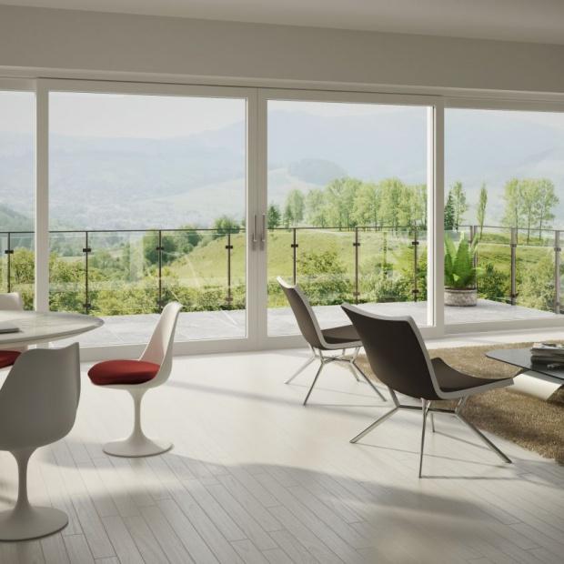 Duże przeszklenia: 12 pomysłów na piękne okna