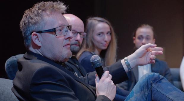 """FDD: debata """"Elitarny czy masowy - jaki jest design"""""""