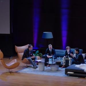 """Dyskusja """"Start-it-up. Tak się robi design"""" poświęcona była start-upom opartym o szeroko rozumiany design. Fot.Piotr Waniorek."""