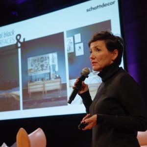 Claudia Kuechen, dyrektor designu i marketingu, Schattdecor AG, przedstawiła swoją interpretację globalnych trendów  w designie. Fot. Piotr Waniorek.