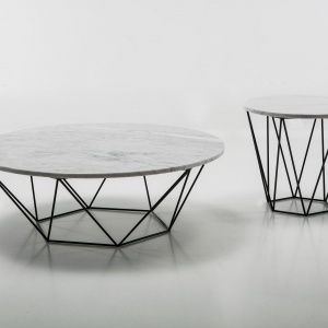 Przestrzeń pokoju dziennego. Tytuł Dobry Design – Stolik Six/Olta