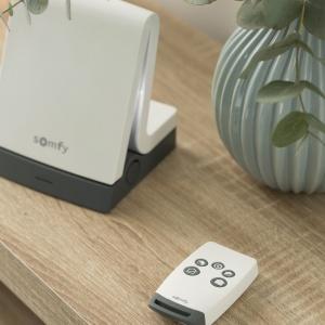 Nowoczesne technologie. Tytuł Dobry Design – System sterowania TaHoma Premium/Somfy