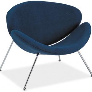 Fotel MAJOR ma oryginalny kształt, który zapewnia doskonałą wygodę podczas siedzenia. Dostępny w wielu modnych kolorach. 721 zł, Signal