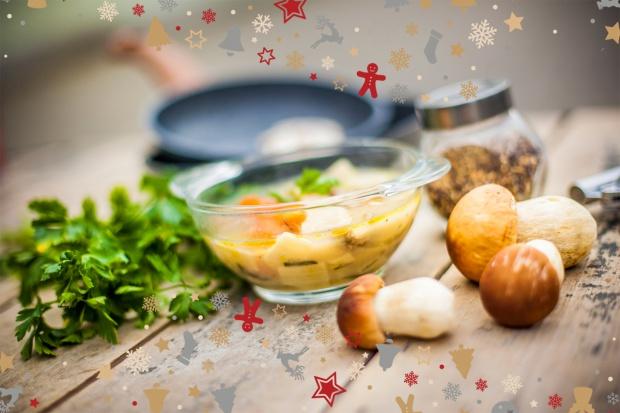 Świąteczny stół: naczynia na potrawy wigilijne
