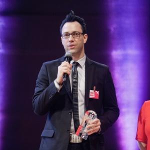 W kategorii AGD zwyciężyła marka Franke z kolekcją Style Frames by Franke. Nagrodę odebrał Rafał Derecki – Product Manager firmy Franke. Fot. Paweł Pawłowski/PTWP.
