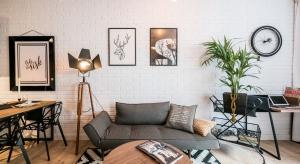 Mieszkanie w stylu industrialnym można zaaranżować na tyle sposobów, ilu właścicieli loftów.