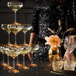 Sylwestrowa dekoracja stołu. Fot. Fyrklövern