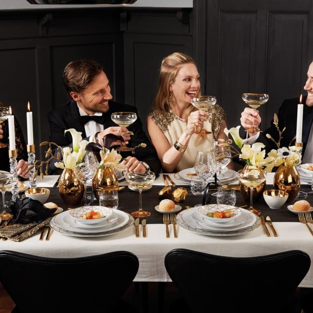 Sylwestrowa dekoracja stołu: zobacz piękne propozycje