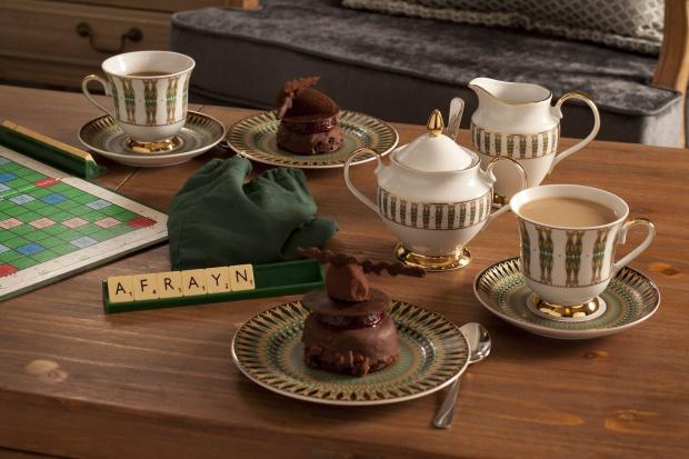 Piękna porcelana - pomysły na stylizację stołu