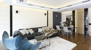 Apartament miał być urządzony nowocześnie, a jednocześnie bardzo elegancko, w stylu ekskluzywnych londyńskich apartamentów.