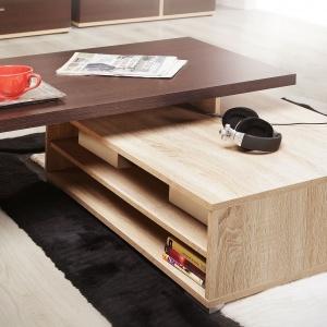 Stolik Kendo wyróżnia się funkcjonalnością. Można na w nim wygodnie przechowywać gazety oraz drobne przedmioty codziennego użytku. Fot. Meble Forte