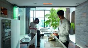Dzisiejsza kuchnia to centrum domowego życia, nieodłączny element naszej codzienności. Jej wyposażenie powinno być spełnieniem marzeń o kuchni na każdą okazję, odpowiadającej wszystkim potrzebom użytkownika. Jak to osiągnąć, już wkrótce
