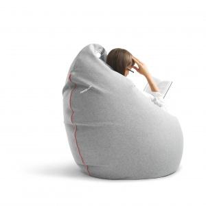 JAJO ZIP to duży worek sako, który pełni funkcję fotela. 839 zł. Fot. Miuki