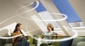 Naokienna wentylacja z rekuperatoremto pierwsze takie rozwiązanie na rynku, które oferuje wiele korzyści dla użytkowników – odzysk ciepła, wysoką wydajność wymiany powietrza oraz ochronę przed hałasem.
