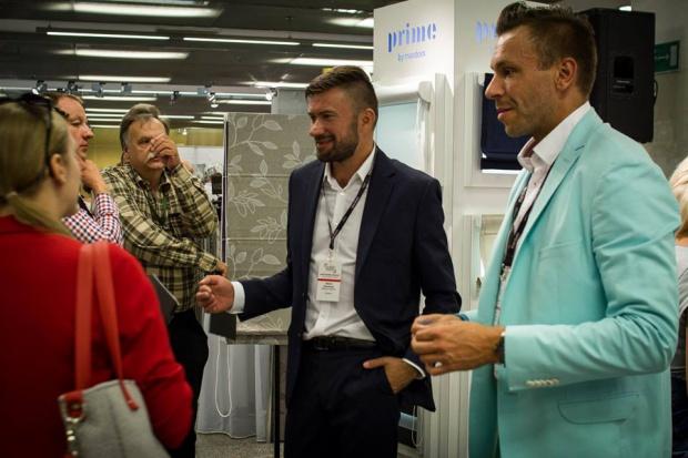 1 marca 2017 r. na terenie Galerii warszawskiego stadionu PGE Narodowy odbędzie się dziesiąta, jubileuszowa edycja targów branżowych Interior Design Forum, prezentujących ofertę tekstyliów domowych w Polsce. Na profesjonalistów będą czekać dos