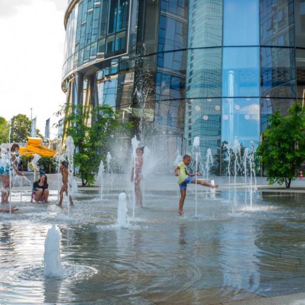 Warszawski Plac Europejski: najlepiej wykreowana przestrzeń publiczna w Polsce