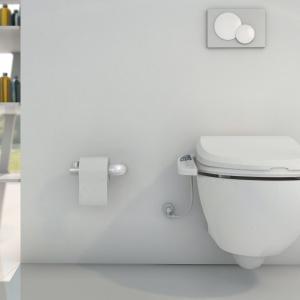 Automatyczna toaleta myjąca USPA 7025 z hybrydowym system ogrzewania wody. Podgrzewana wolno opadająca deska, 4 programy mycia, wbudowany odświeżacz powietrza, automatyczne czyszczenie dysz. 2.580 zł. Fot. Uspa