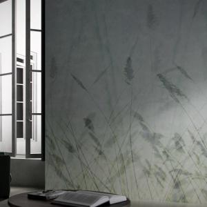 Grafika Blur z tej serii przedstawia delikatne trawy utrzymane w minimalistycznej, emanującej klimatem japońskiego zen stylistyce. Fot. Glamora