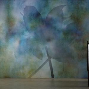 Kluczem do kolekcji Macroflower — jak sama nazwa wskazuje — jest perspektywa. Główne lejtmotywy tej linii — kwiaty — zostały w niej przedstawione w dużym zbliżeniu. Poszczególne warianty kolekcji odwołują się do różnych technik artystycznych. Tu kolekcja Pastel. Fot. Glamora