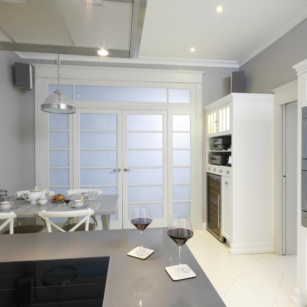 Meble na wino - do kuchni, salonu i jadalni