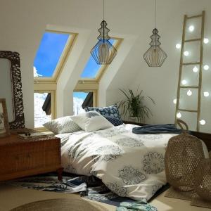 Sypialnia na poddaszu. Fot. Okpol
